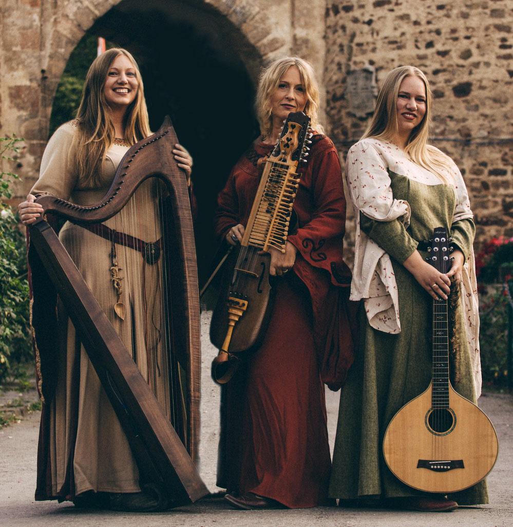 cm4_Irrlichter-Trio